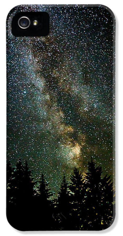 Twinkle Twinkle A Million Stars IPhone 5 Case featuring the photograph Twinkle Twinkle A Million Stars D1951 by Wes and Dotty Weber