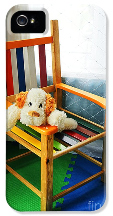 Kid IPhone 5 Case featuring the photograph Vertical Of Dog In Kid Chair. by Sylvie Bouchard