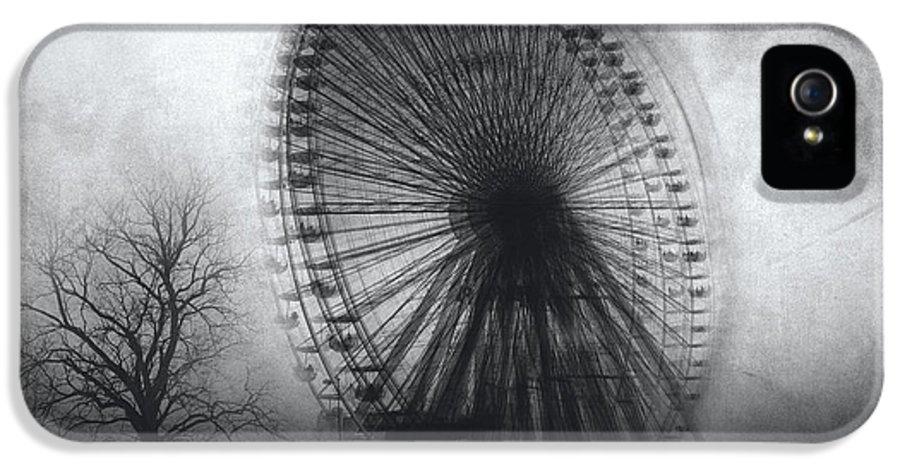 Black And White IPhone 5 Case featuring the photograph Vertigo by Taylan Apukovska