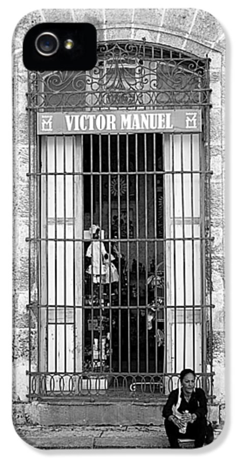 Victor IPhone 5 / 5s Case featuring the photograph Victor's Not Here by Valentino Visentini