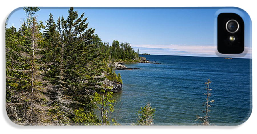 Rocky Coast IPhone 5 Case featuring the photograph View Of Rock Harbor And Lake Superior Isle Royale National Park by Jason O Watson