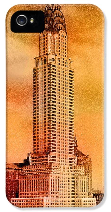 Chrysler Building IPhone 5 Case featuring the photograph Vintage Chrysler Building by Andrew Fare