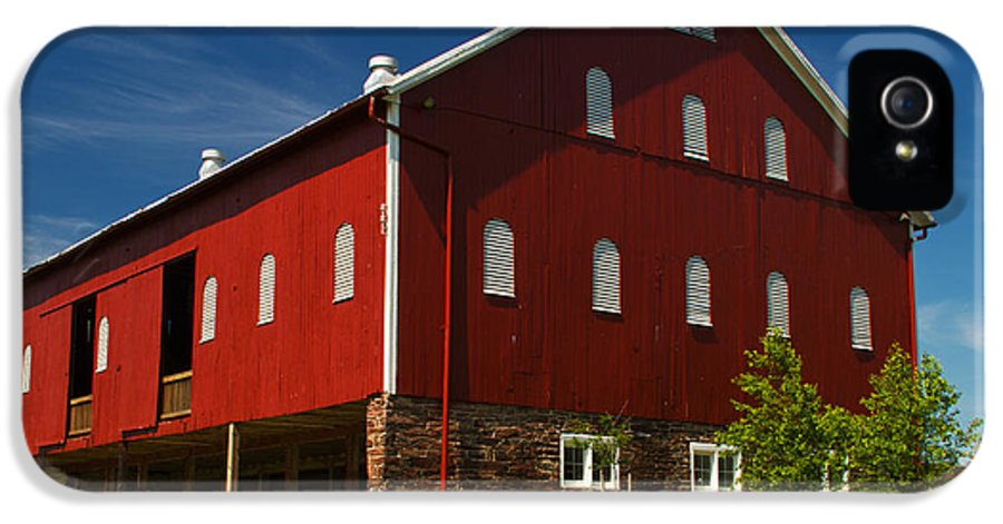 Landscape Photographs IPhone 5 Case featuring the photograph Virginia Red Barn by Guy Shultz