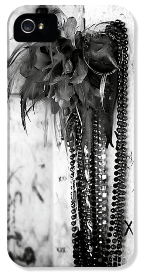 Voodoo In New Orleans IPhone 5 / 5s Case featuring the photograph Voodoo In New Orleans by John Rizzuto