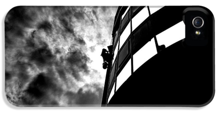 Window IPhone 5 Case featuring the photograph Washing Windows In The City by Bob Orsillo