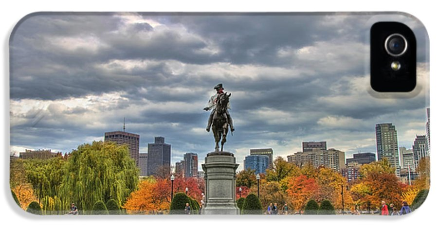Red Sox IPhone 5 Case featuring the photograph Washington In The Public Garden by Joann Vitali
