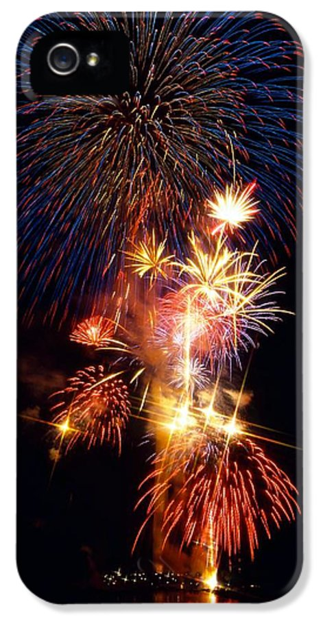 National Mall & Memorial Parks IPhone 5 Case featuring the photograph Washington Monument Fireworks 3 by Stuart Litoff