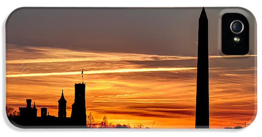 Sunset IPhone 5 Case featuring the photograph Washington Sunset by Walt Baker