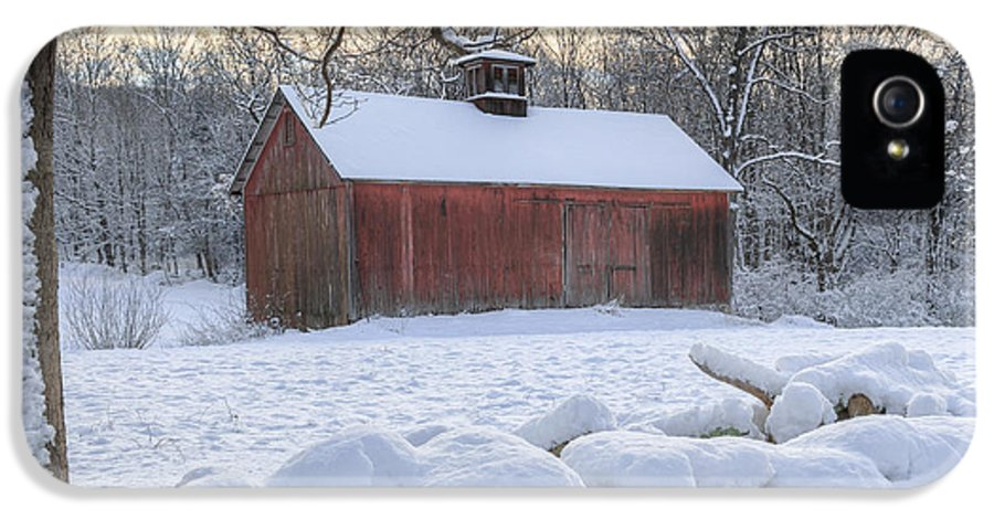 Old Red Barn IPhone 5 Case featuring the photograph Weathering Winter by Bill Wakeley