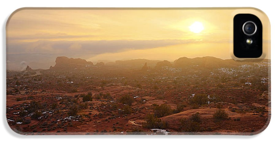 Utah IPhone 5 Case featuring the photograph Winter Desert Glow by Chad Dutson