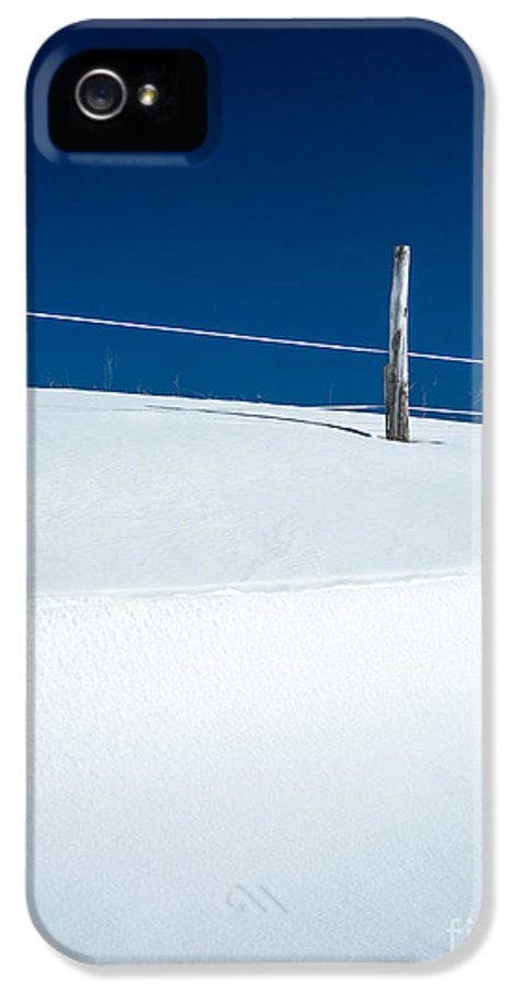 Farm IPhone 5 Case featuring the photograph Winter Minimalism by Edward Fielding