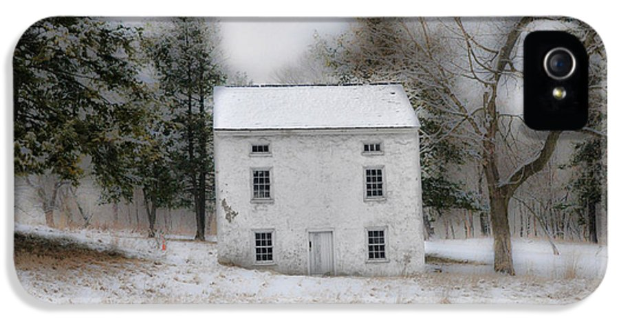 Wintertime IPhone 5 Case featuring the photograph Wintertime In Valley Forge by Bill Cannon