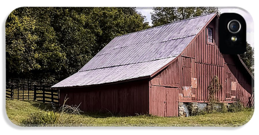 West Virginia IPhone 5 Case featuring the photograph Wv Barn by Gena Weiser
