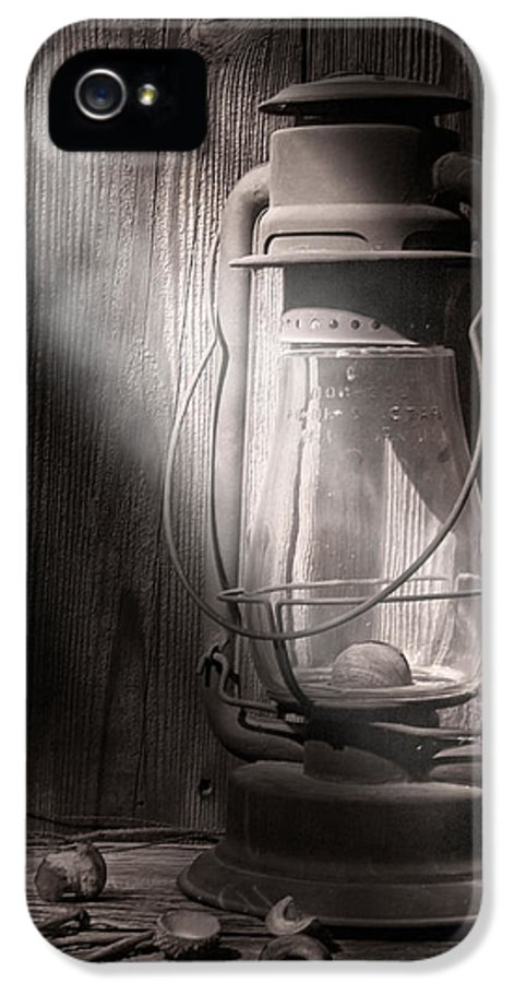 Lantern IPhone 5 Case featuring the photograph Yesterday's Light by Tom Mc Nemar
