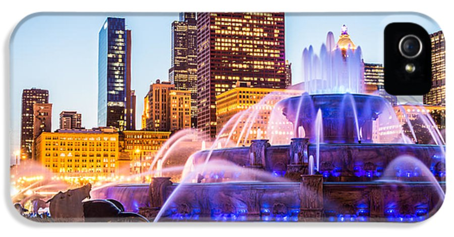 2012 IPhone 5 Case featuring the photograph Chicago Skyline At Night With Buckingham Fountain by Paul Velgos