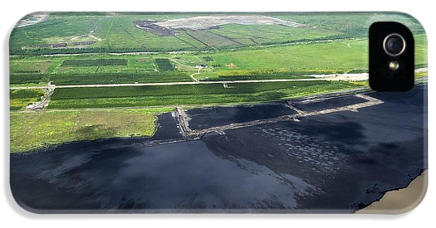 Settling Pond IPhone 5 Case featuring the photograph Oil Plant Settling Pond by David Nunuk