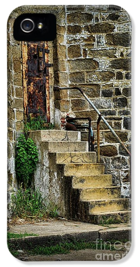 Door IPhone 5 Case featuring the photograph Abandon Hope by Paul Ward