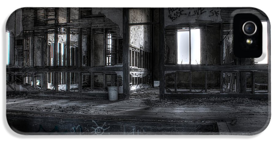 Apacheco IPhone 5 Case featuring the photograph Abandoned by Andrew Pacheco