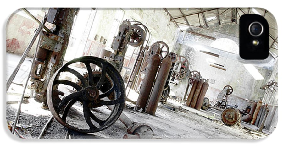 Abandoned IPhone 5 Case featuring the photograph Abandoned Factory by Carlos Caetano