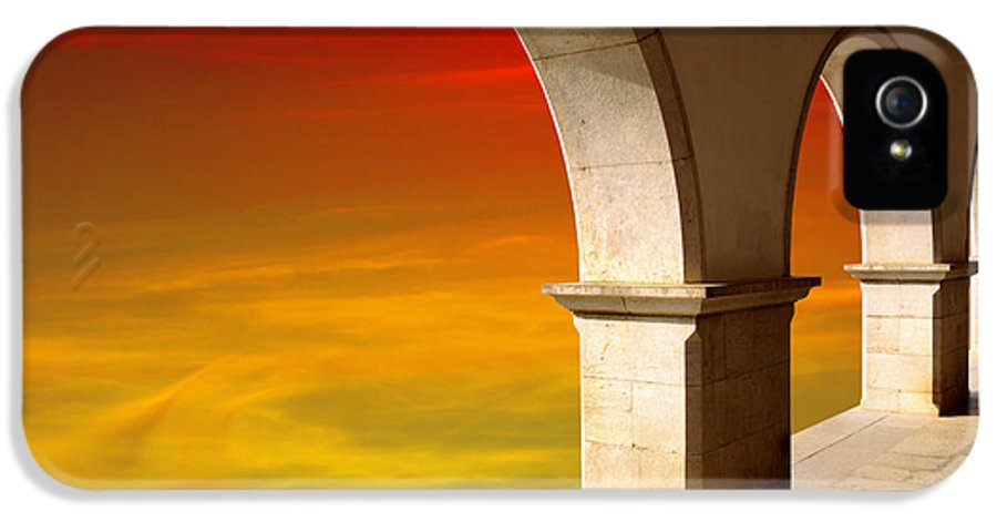 Air IPhone 5 Case featuring the photograph Arches At Sunset by Carlos Caetano