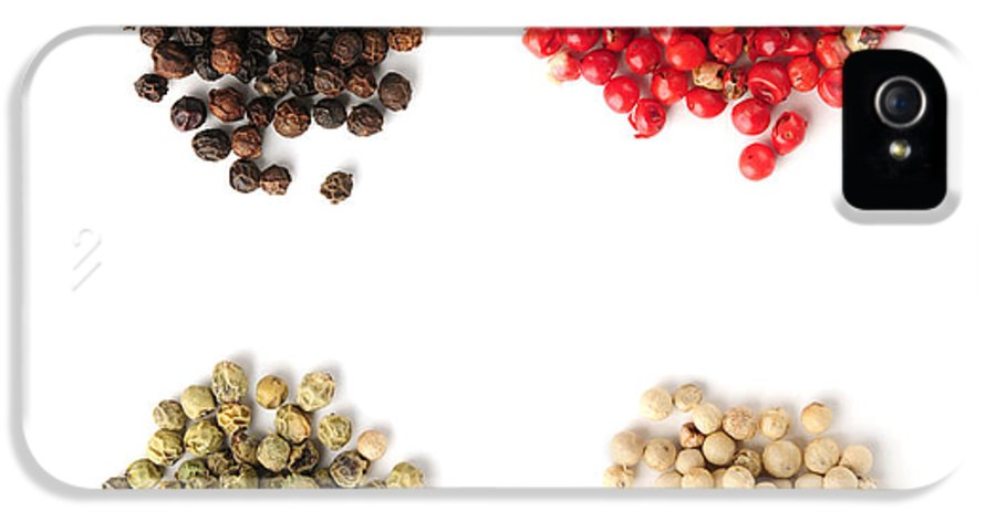 Peppercorns IPhone 5 Case featuring the photograph Assorted Peppercorns by Elena Elisseeva