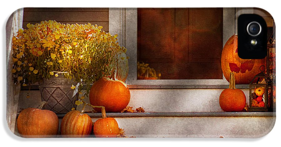Autumn IPhone 5 Case featuring the photograph Autumn - Halloween - We're All Happy To See You by Mike Savad