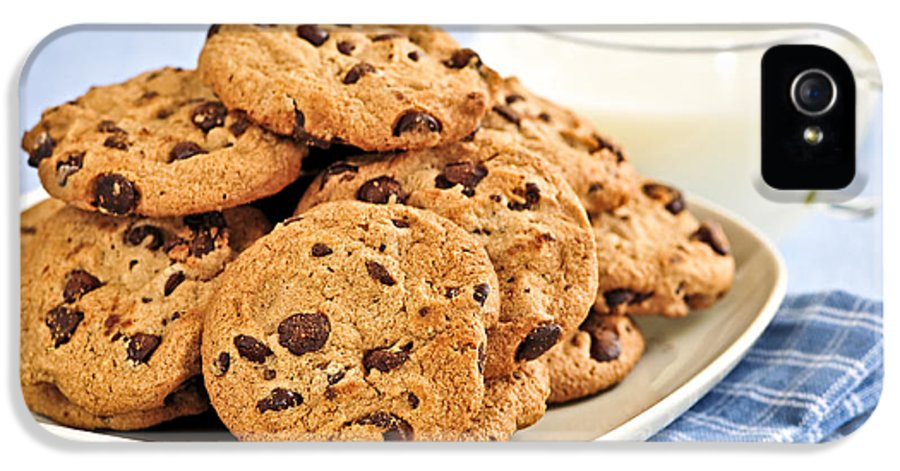 Cookies IPhone 5 Case featuring the photograph Chocolate Chip Cookies And Milk by Elena Elisseeva