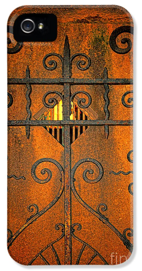 Doorway To Death IPhone 5 Case featuring the photograph Doorway To Death by Paul Ward