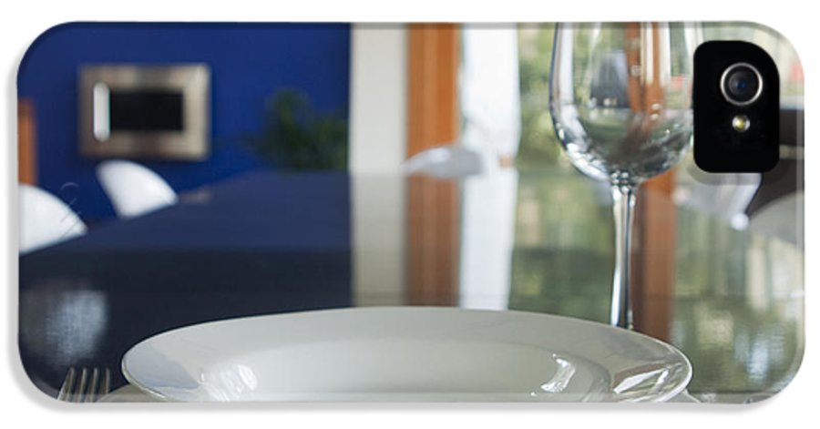 Bowl IPhone 5 Case featuring the photograph Elegant Place Setting In A Dining Room by Marlene Ford