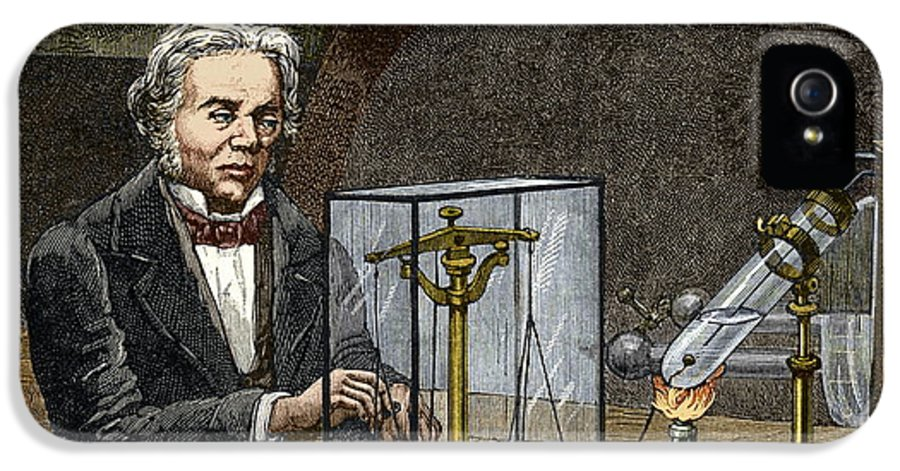 Michael Faraday IPhone 5 Case featuring the photograph Faraday's Electrolysis Experiment, 1833 by Sheila Terry