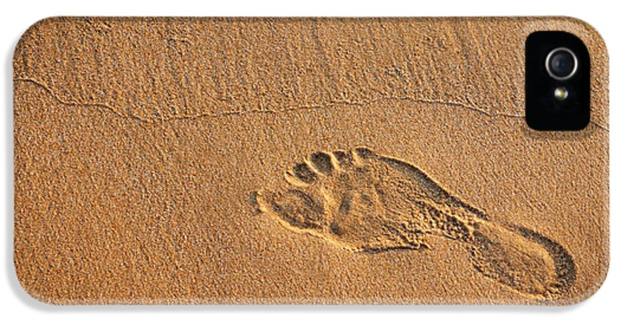 Activity IPhone 5 / 5s Case featuring the photograph Foot Print by Carlos Caetano