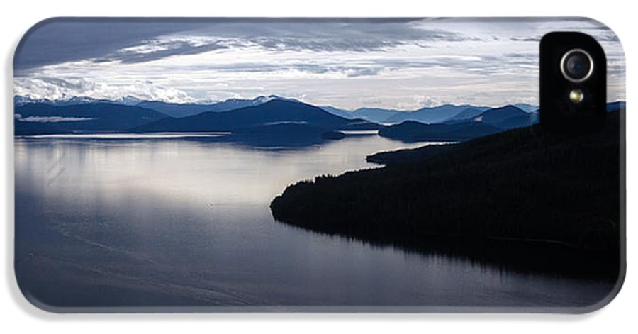 Frederick Sound IPhone 5 / 5s Case featuring the photograph Frederick Sound Morning by Mike Reid