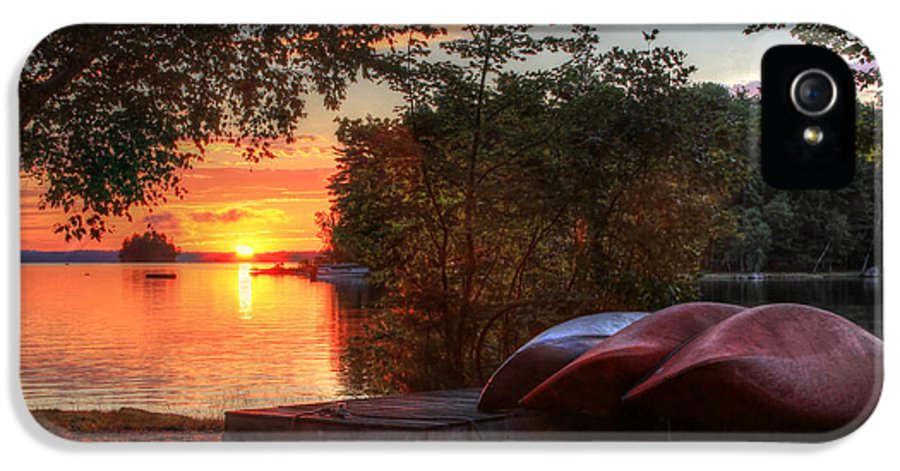 Canoe IPhone 5 Case featuring the photograph Give Me A Canoe by Lori Deiter