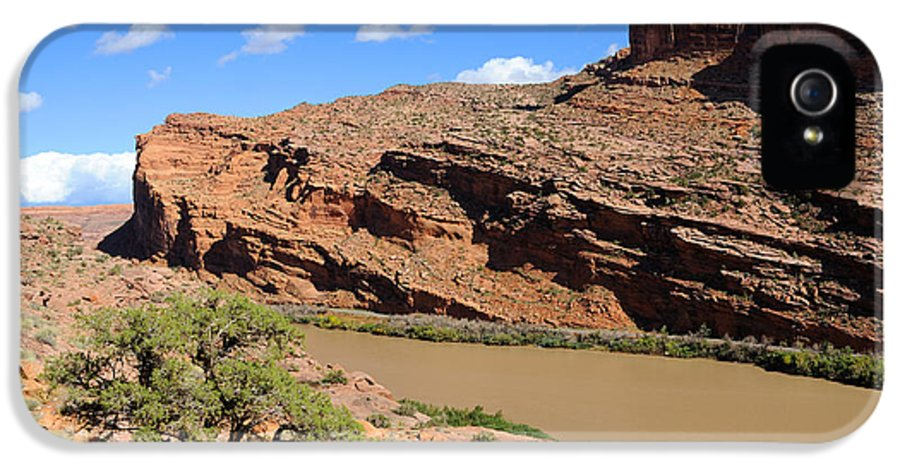 Moab IPhone 5 Case featuring the photograph Hiking The Moab Rim by Gary Whitton