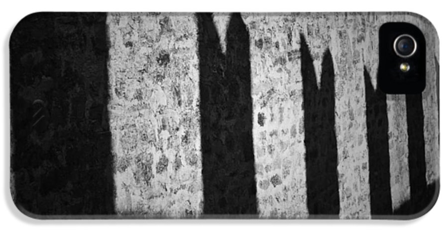Battlements IPhone 5 Case featuring the photograph Light And Shadow by Joana Kruse