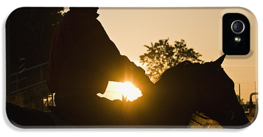 Adult IPhone 5 Case featuring the photograph Morning Workout - D007929 by Daniel Dempster
