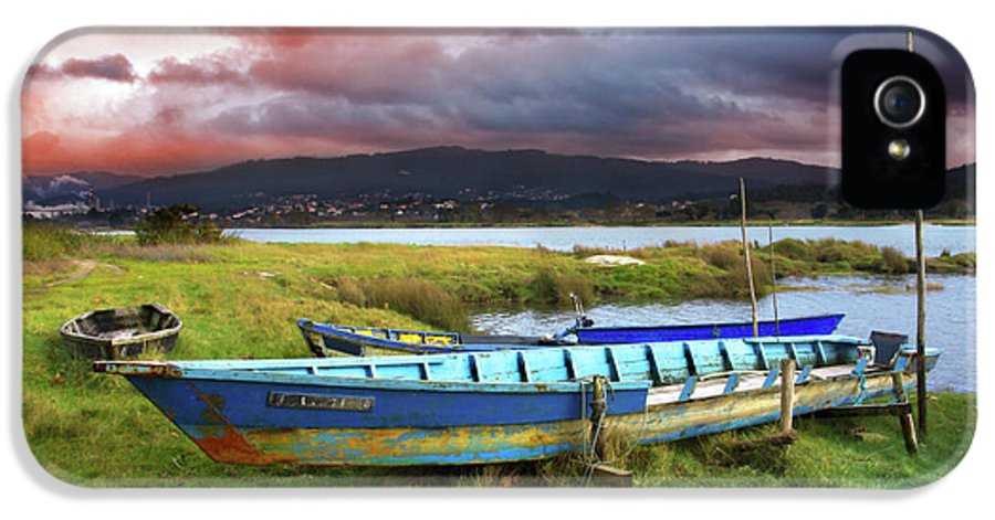 Autumn IPhone 5 Case featuring the photograph Old Row Boats by Carlos Caetano