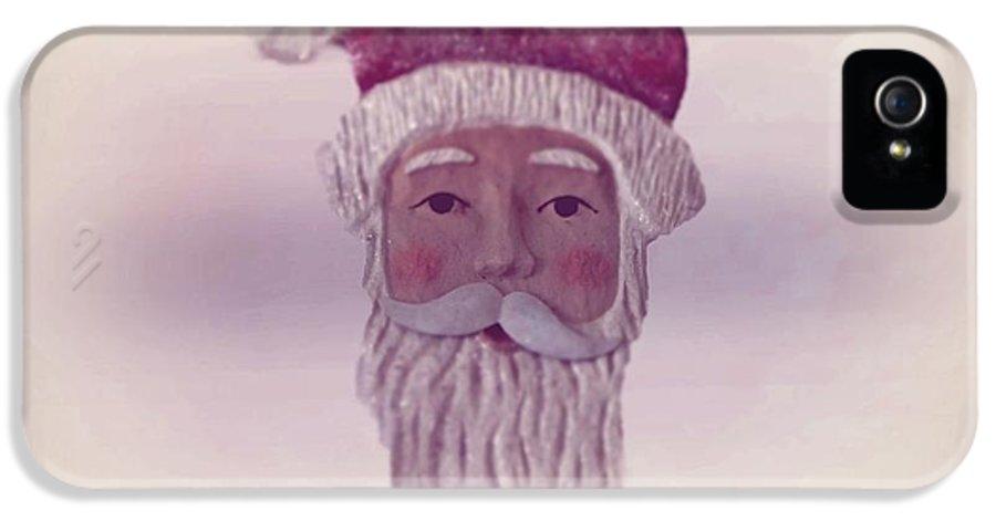 Santa Claus IPhone 5 Case featuring the photograph Old Saint Nicholas by David Dehner