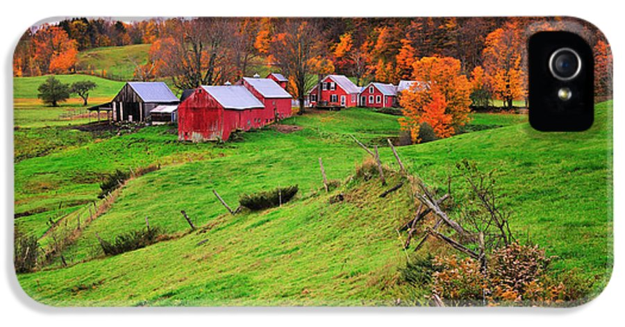 Jenne Farm IPhone 5 Case featuring the photograph Reading Vermont Scenic by Thomas Schoeller
