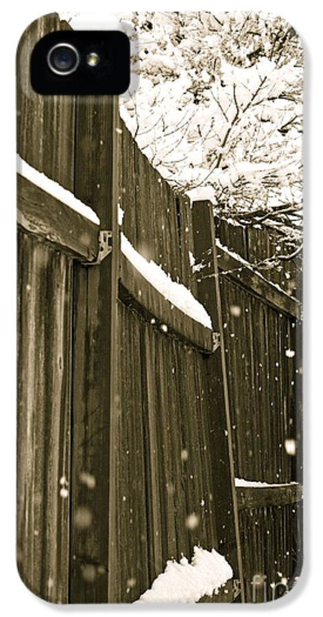 Snow IPhone 5 Case featuring the photograph Realm Of Thought by Gwyn Newcombe