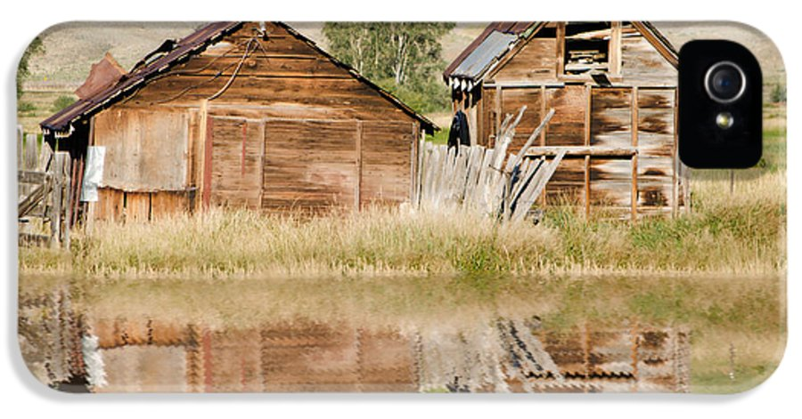Fine Art IPhone 5 Case featuring the photograph Reflection Of An Old Building by Donna Greene