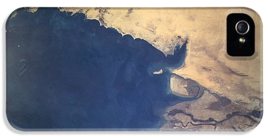 Shuttle Imagery IPhone 5 Case featuring the photograph Shuttle Photograph Of Kuwait, Iraq & Iran by Nasa