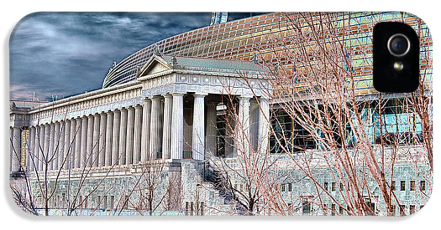 Soldier Field IPhone 5 Case featuring the photograph Solarized Stadium by David Bearden