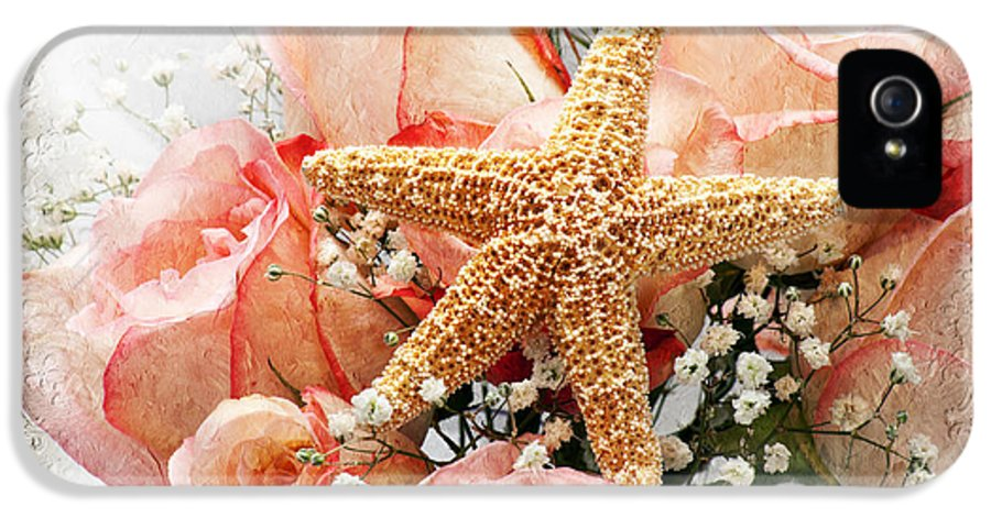 Pink IPhone 5 Case featuring the photograph Starfish And Pink Roses by Andee Design