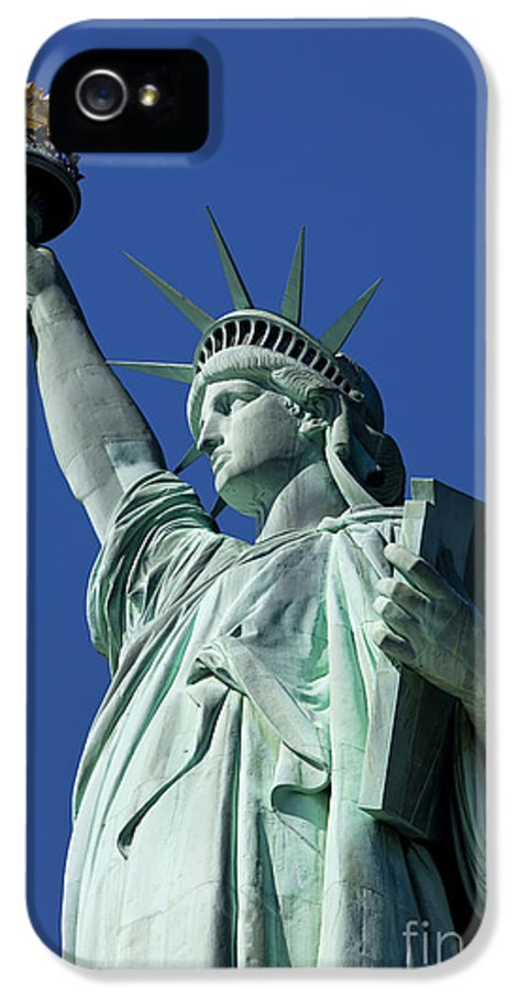 Statue IPhone 5 / 5s Case featuring the photograph Statue Of Liberty by Brian Jannsen