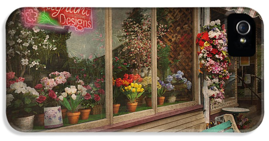Hdr IPhone 5 Case featuring the photograph Store - Belvidere Nj - Fragrant Designs by Mike Savad