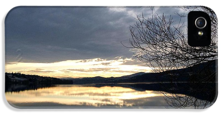 Wood Lake IPhone 5 Case featuring the photograph Stunning Tranquility by Will Borden