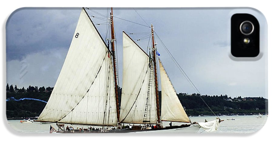 Tall Ship IPhone 5 Case featuring the photograph Tall Ship Tacoma by Bob Christopher