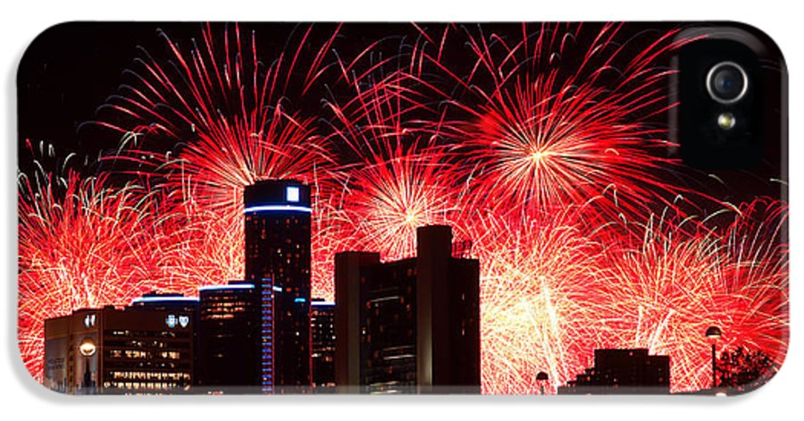 The IPhone 5 Case featuring the photograph The 54th Annual Target Fireworks In Detroit Michigan - Version 2 by Gordon Dean II