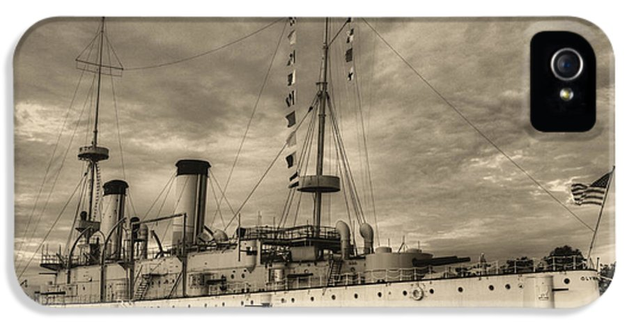 Uss Olympia Cruiser Battleship Dreadnought Wwi Ww I A World War One Spanish American War Flagship Admiral Dewey Philadelphia Philly Penn Landing Pennsylvania IPhone 5 Case featuring the photograph The Uss Olympia Black And White by JC Findley